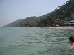 到柬泰边境的昌岛度假是吸引学员的卖点 (1)