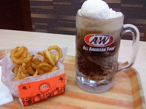http://www.sgwritings.com/bbs/attachments/month_1608/A&W%20root%20beer%20float%20&%20curly%20fries_7xLpgkd9YayO.jpg